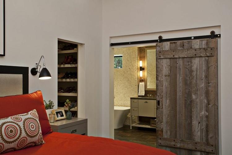 scheunentor im schlafzimmer ideen einrichtung | möbelideen, Badezimmer
