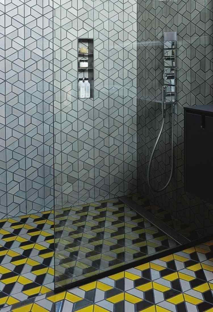 fliesen dusche rutschfest dusche in betonoptik mit eingebauter bordre dusche fliesen wanne. Black Bedroom Furniture Sets. Home Design Ideas