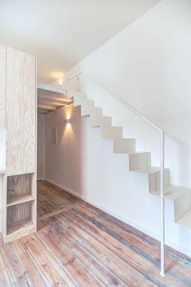 Kleine Wohnung einrichten  Gestaltung in Wei und Naturholz