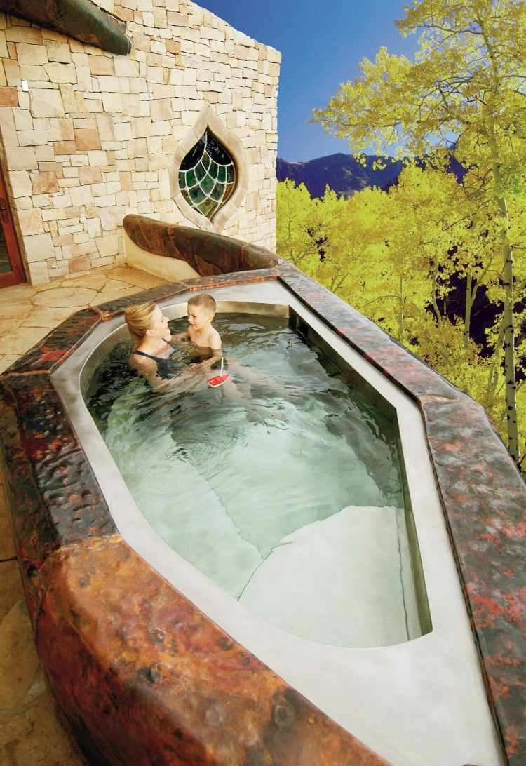 Outdoor Whirlpool  Sprdelspa fr den Garten in 50 Bildern