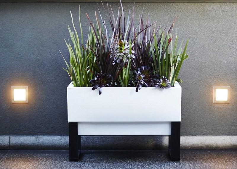 balkon deko ideen sonnige standorte blumen pflanzen ideen - meuble, Gartengerate ideen