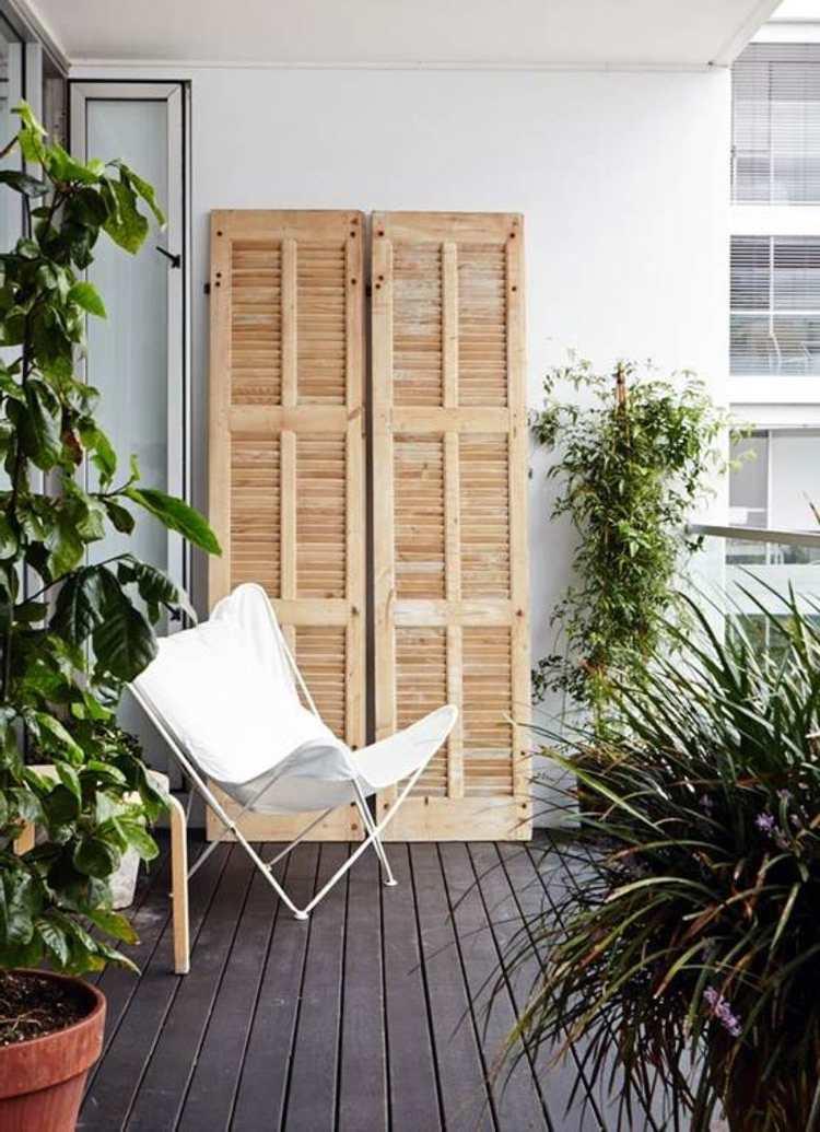balkon gestalten tipps rattan sonnenliegen kunstrattan sichtschutz, Gartengerate ideen