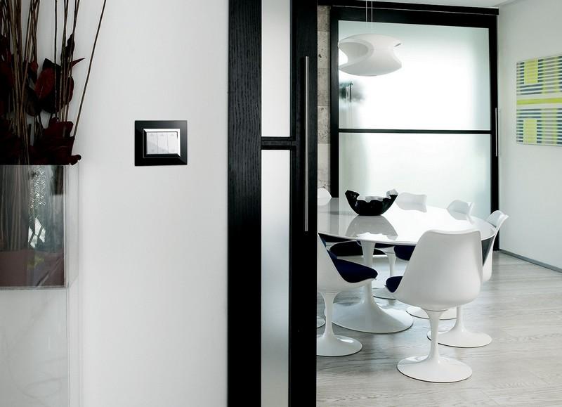 Lichtschalter und Steckdosen mit modernem Design  50 Ideen