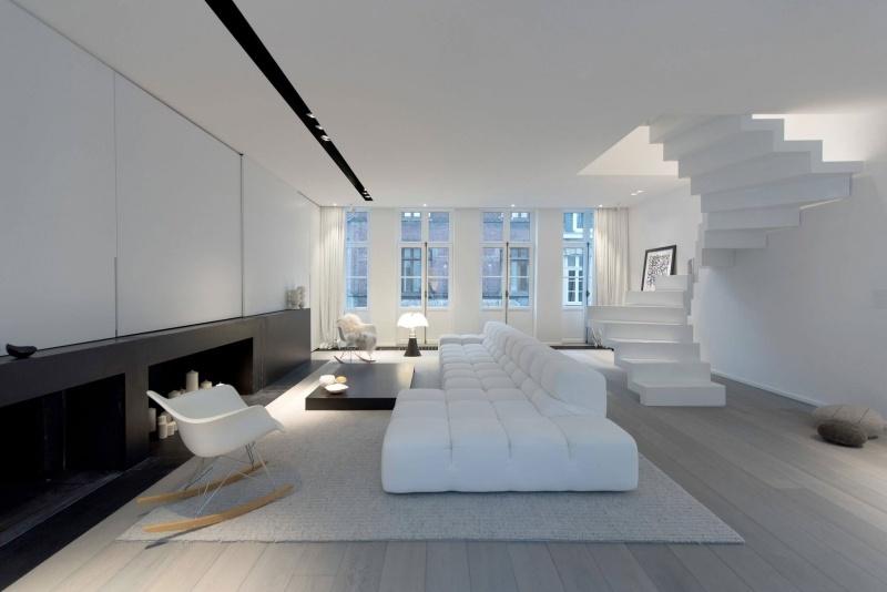 In SchwarzWei einrichten  Eine minimalistische Luxus Wohnung