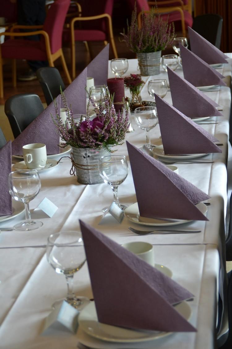 Tischdeko fr Herbst  Selbstgemacht und modern arrangiert