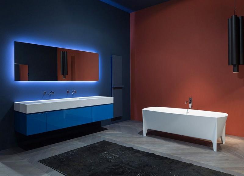 Badspiegel mit Beleuchtung im Bad inszenieren