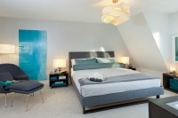 Wandgestaltung Wohnzimmer Grau Turkis