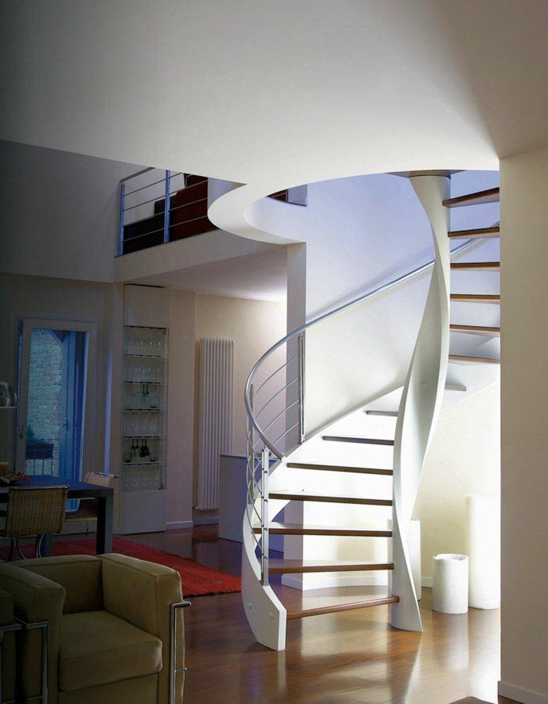 Wendeltreppe Design von Rizzi aus Holz und Beton