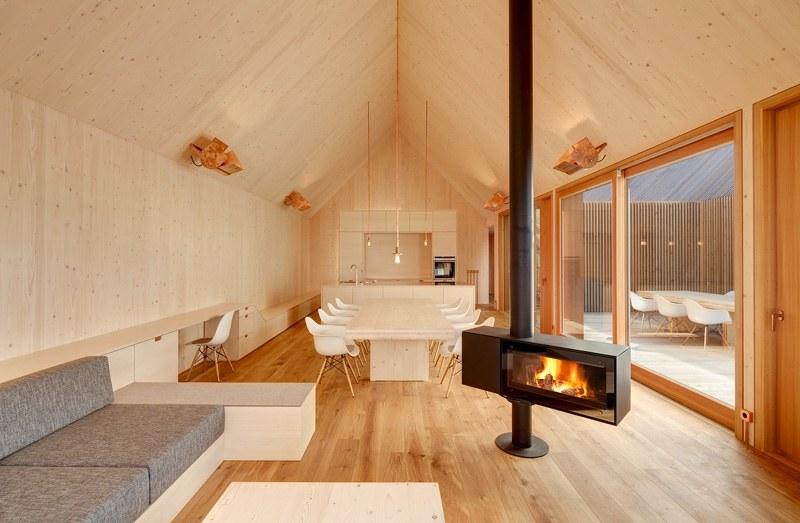 Freistehendes Kaminofen Design im Wohnbereich  9 Ideen