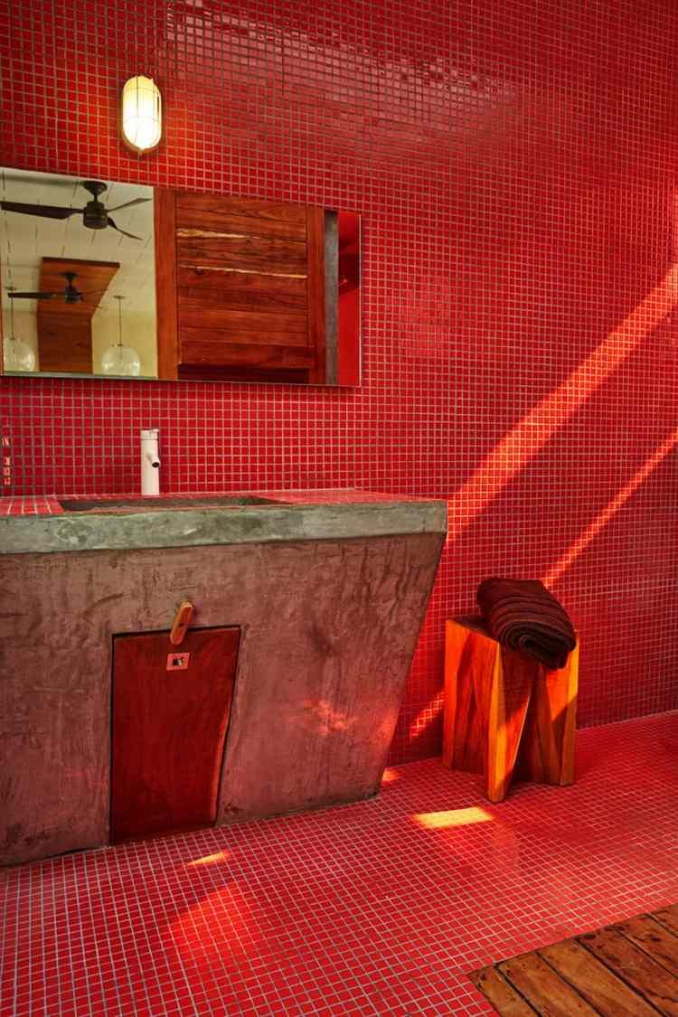 Geometrische Formen und leuchtende Farben im Interior