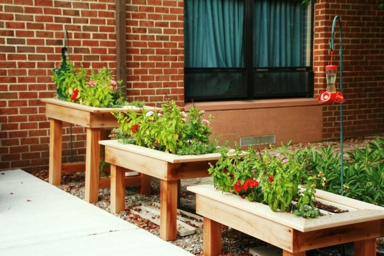 Hochbeet Auf Balkon Anlegen | Moregs Hochbeet Tisch Balkon Bauen