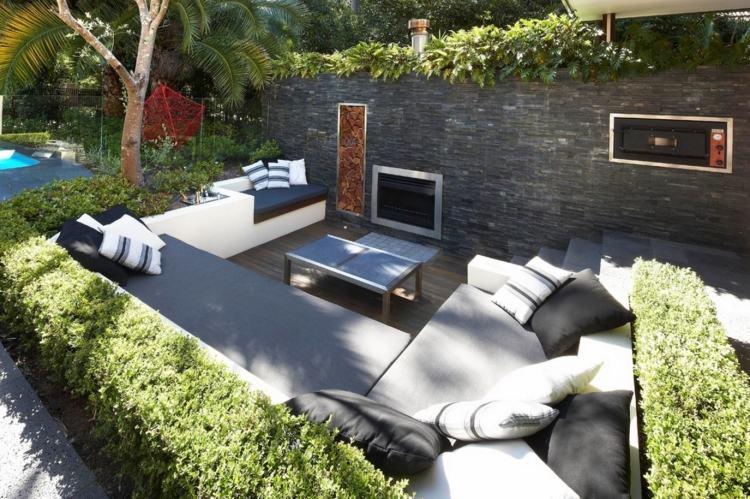sitzplatz gestalten modern natursteinplatten stuehle holz armlehne, Garten und erstellen