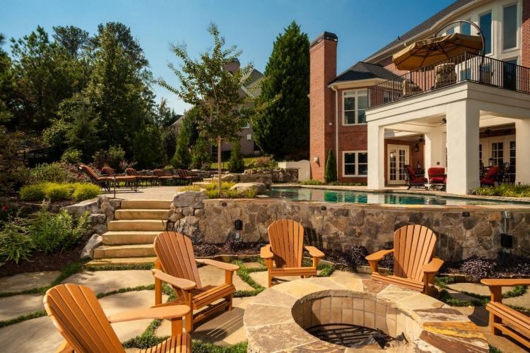 senkgarten mit sitzplatz gestalten modern gemauerte sitzbank, Garten und erstellen