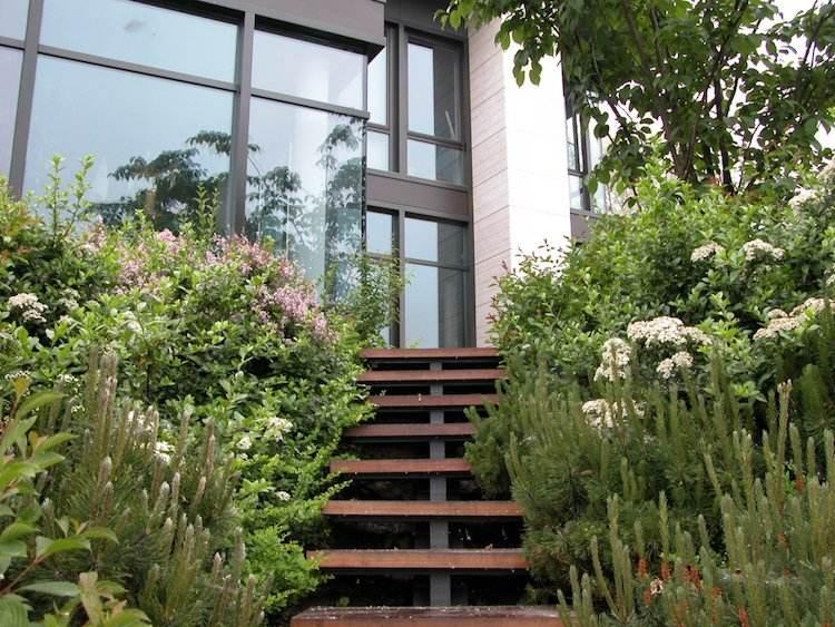Gartengestaltung in Hanglage  30 Ideen fr Begrnung