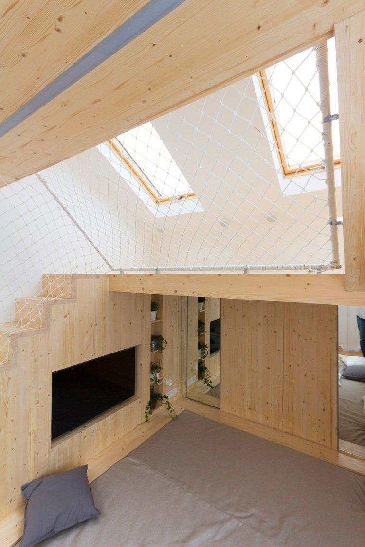Schlafzimmer mit Spielbereich fr die Kinder von Ruetemple