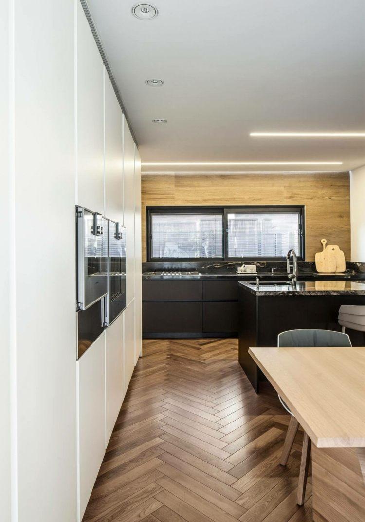 Awesome Interieur Mit Holz Lamellen Haus Design Bilder Gallery ...