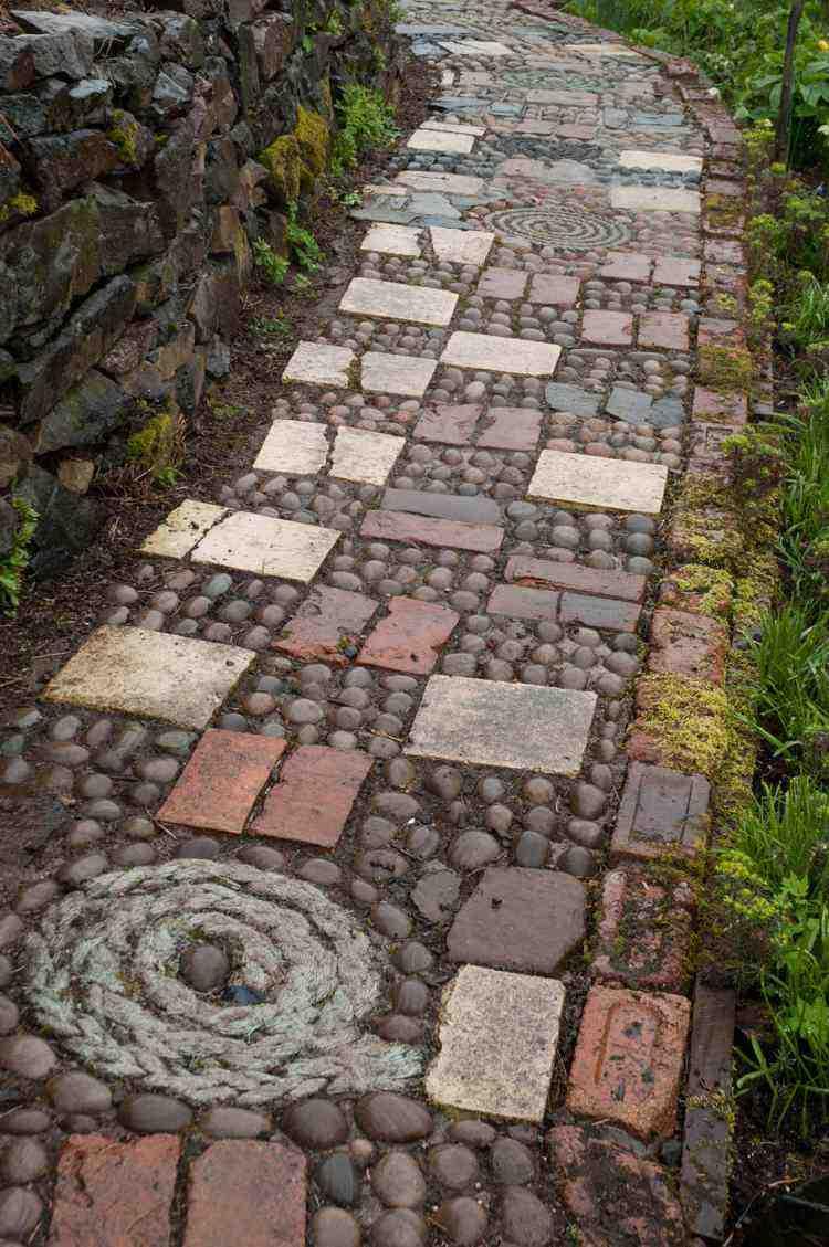 garten pflastersteine legen | designmore, Garten dekoo
