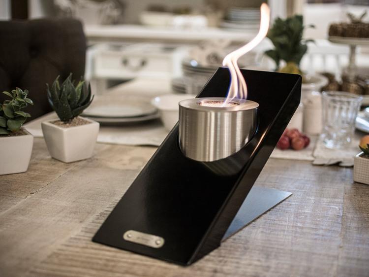 Offenes Feuer modern inszeniert  auf dem Tisch oder integriert
