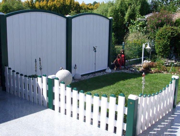 Sichtschutzzaun Kunststoff Weiss Grun Gartenstecker Rasen