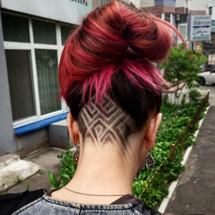 Undercut Frisuren fr Damen  Geometrische farbige und