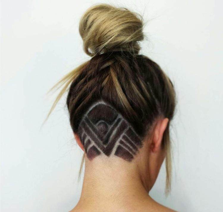 Undercut Frisuren Für Damen Geometrische Farbige Und Glitzer Designs