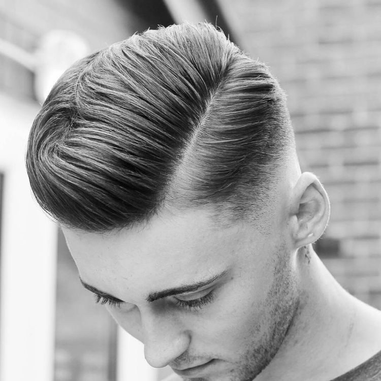 Undercut Seitenscheitel Männer Frisuren