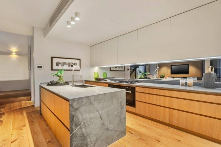 Küche Arbeitsplatte Holz Oder Stein | Küchen Arbeitsplatte ...