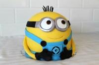 Minion Torte zum Kindergeburtstag selber machen - Rezepte ...