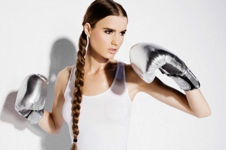 Diese Tollen Sportfrisuren Wirken Weiblich Und Sind Praktisch Für