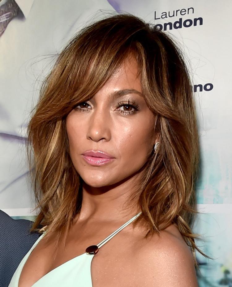 Gestufte Haare So Schön Und Vielseitig Ist Die Trendfrisur!