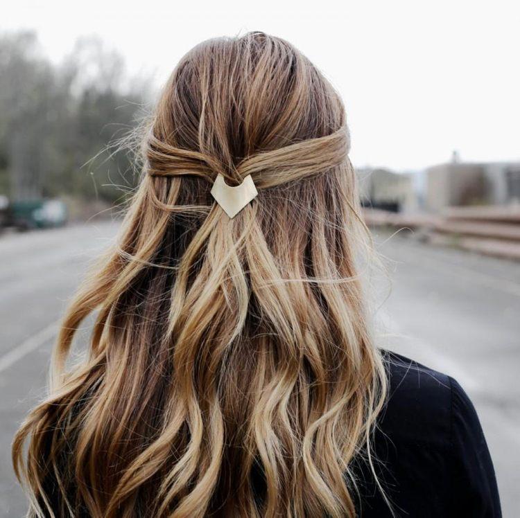 Diese 6 Haarschmuck Trends 2018 Müssen Sie Jetzt Ausprobieren!