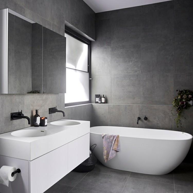 Schwarze Badezimmer Armaturen wirken modern luxuris und