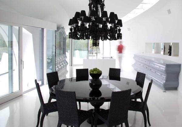 table salle a manger blanche et noire