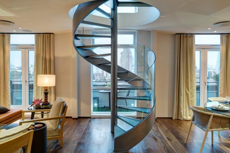 escalier helicoidal comme element