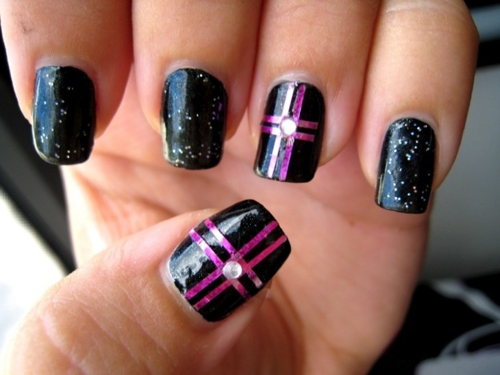 deco-ongles-bande-de-striping-tape-strass-vernis-paillettes