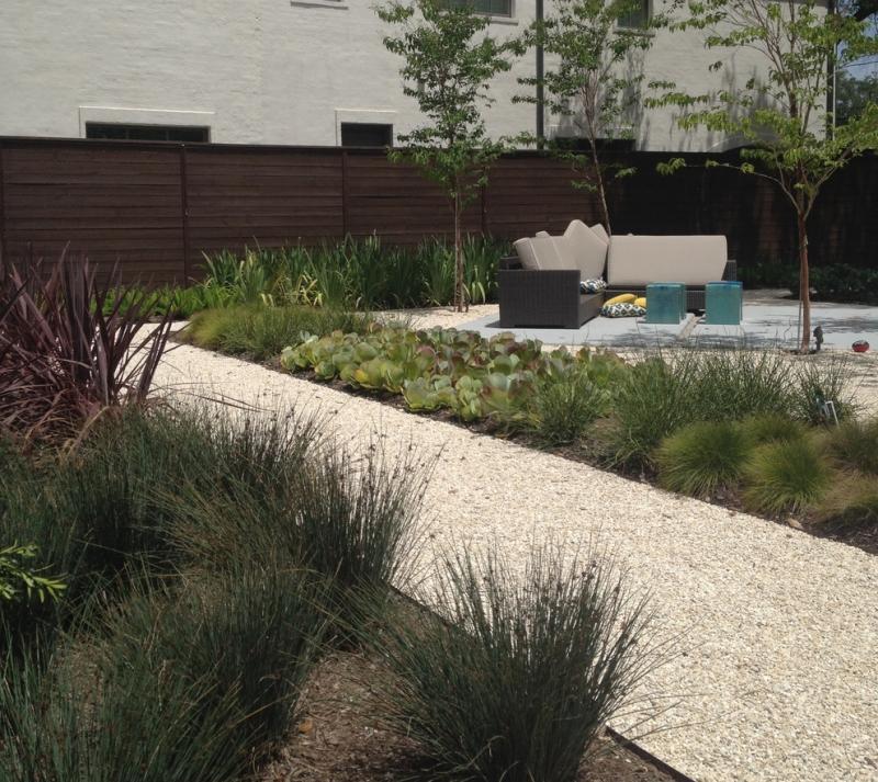 Design Exterieur Jardin Deco Jardin Moderne Gravier Decoratif ...
