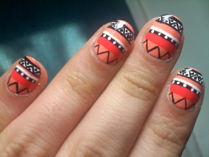 nail-art-motif-azteque-orange-corail-vernis