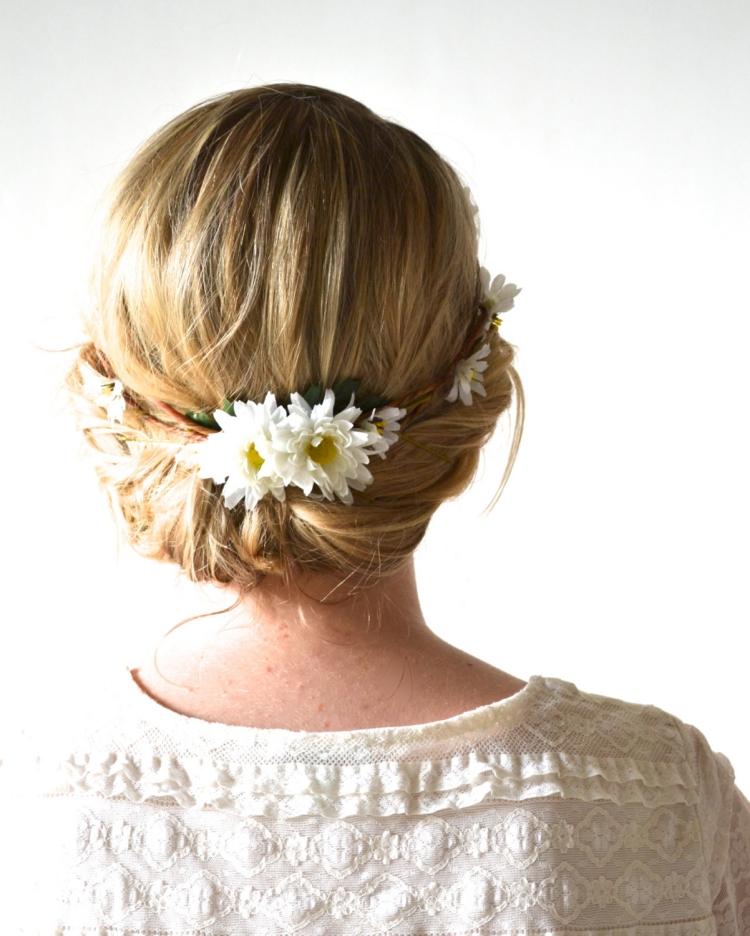 Couronne de fleurs cheveux pour une marie romantique
