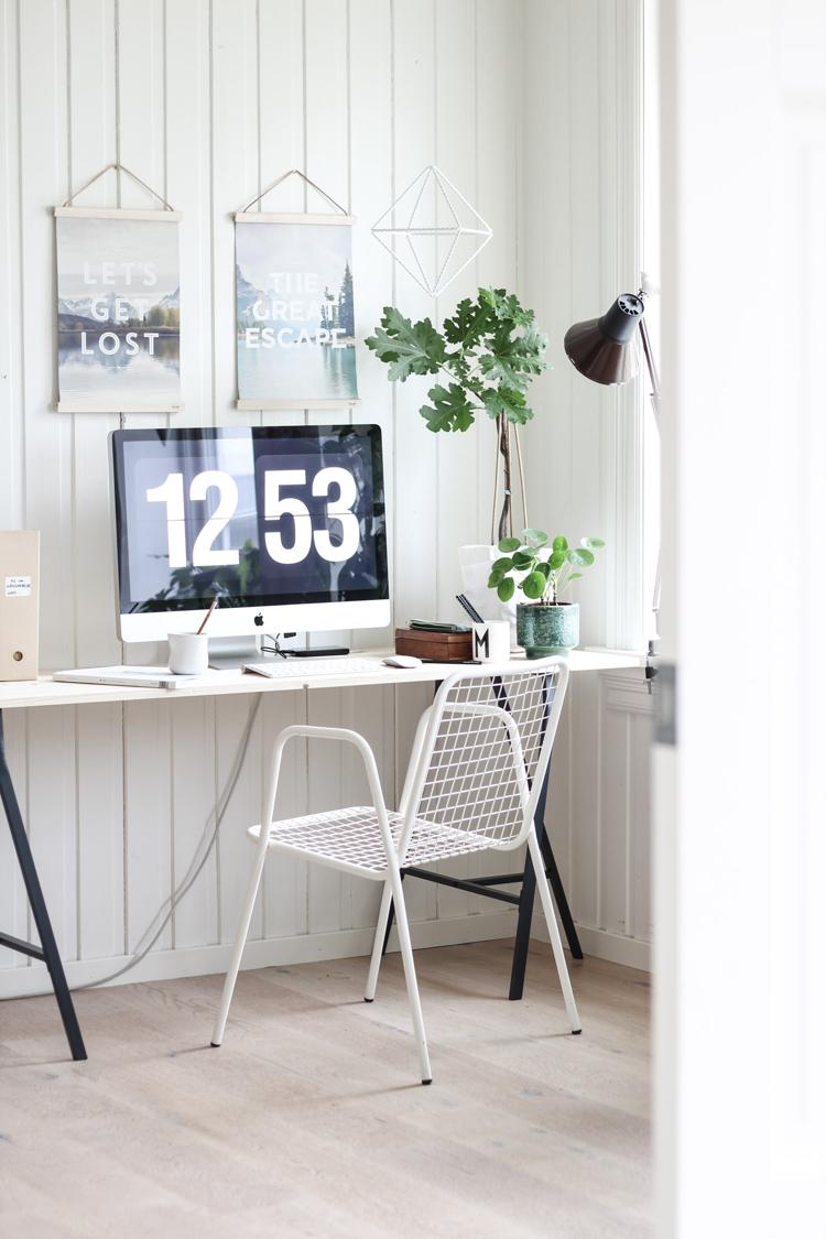 table bureau moderne et peu encombrante en 45 modeles attractifs