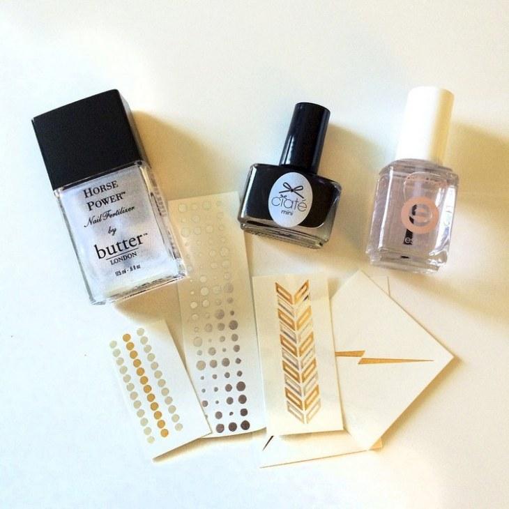 tatouages-éphémères-nail-art-matériaux-manucure-flash-tattoos