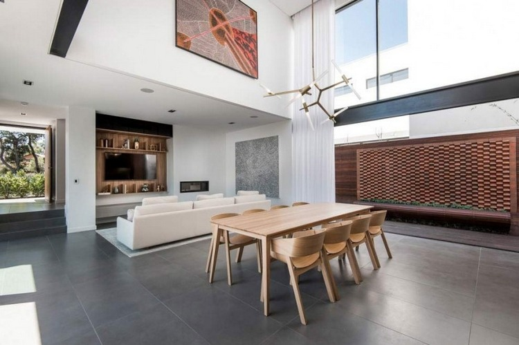 meubles bois modernes sur fond blanc pur une maison d architecte en australie