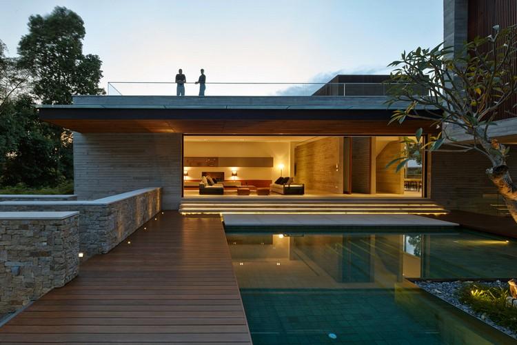 eclairage autour piscine eclairage autour piscine. Black Bedroom Furniture Sets. Home Design Ideas