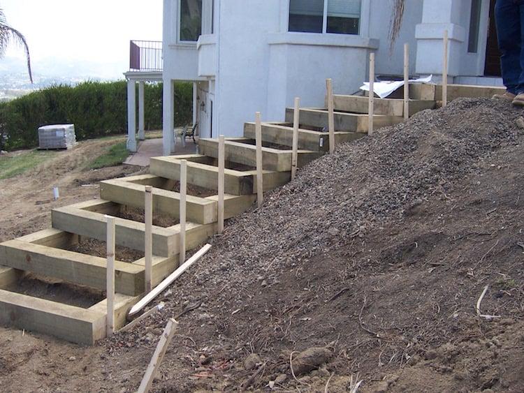 Couler Un Escalier Exterieur En Beton
