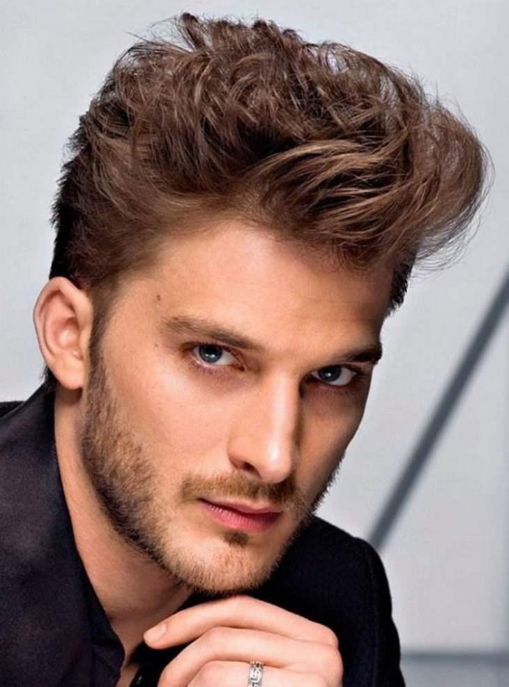 coiffure homme tendance -coiffée-décoiffée-barbe-trois-jours