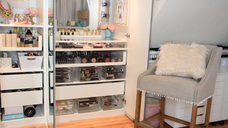 rangement-maquillage-superbe-idées-organisation-coin-coiffeuse