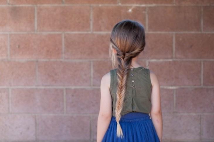 coiffure pour petite fille -tresse-twistée-épi-blé