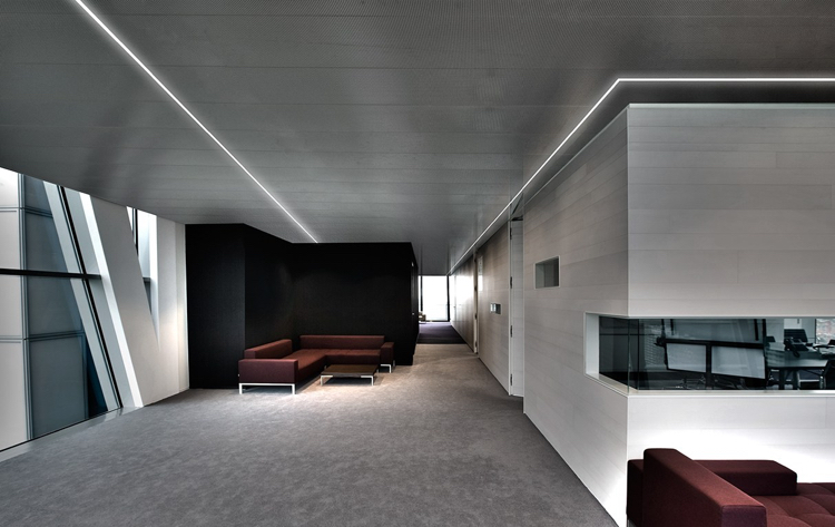 Eclairage Indirect Plafond Led Industrial Space With Arc