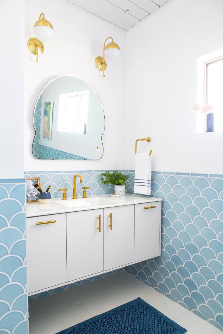 Beautiful Idee Deco Salle De Bain Carrelage Bleu Contemporary ...