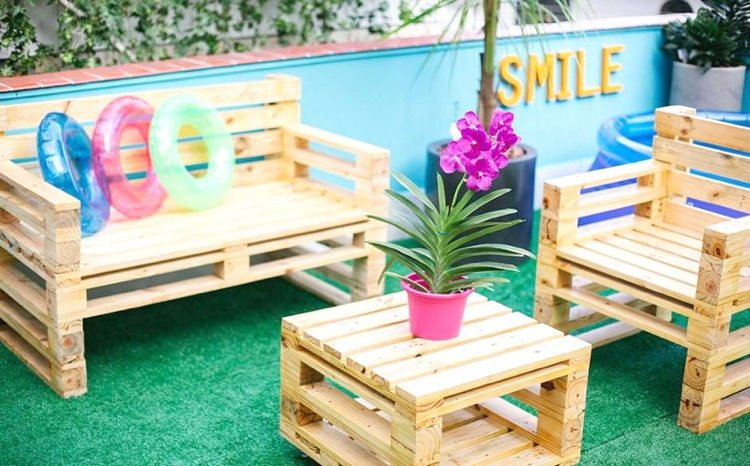 Beautiful Salon De Jardin En Palette Et Touret Images - Awesome ...