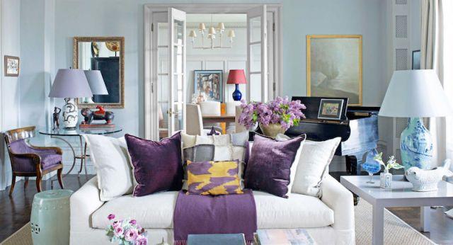 ambiance-salon-chic-blanc-tons-pastel-accents-violet-lavande